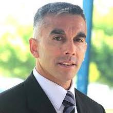 Dr Claudio Urrea